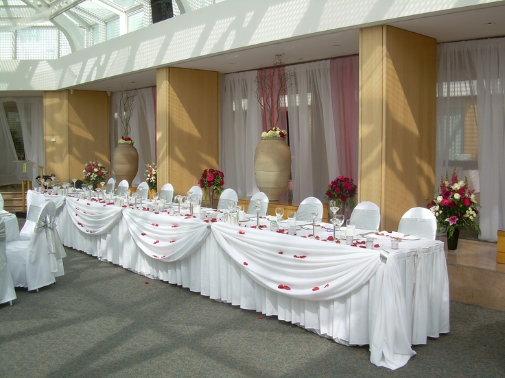 Head Table Chateau Glam Weddings And Party Rentals